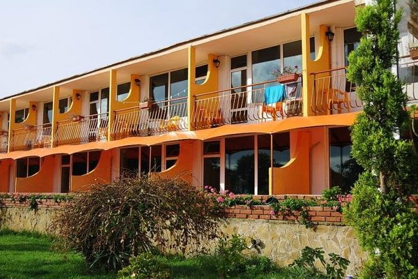Hotel Surf - фото 9