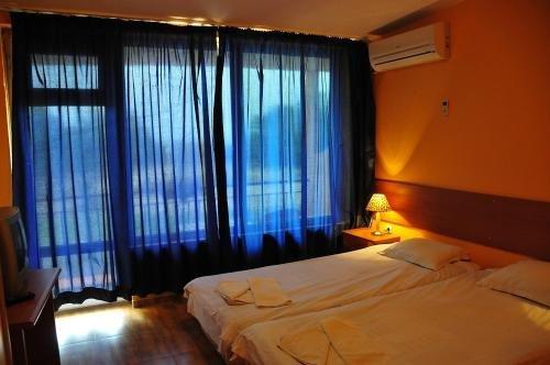 Hotel Surf - фото 3
