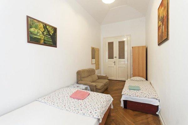 Gallery Hostel - фото 15