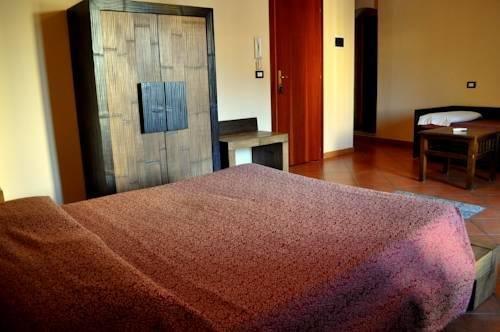 Kalamarina Rooms - фото 2