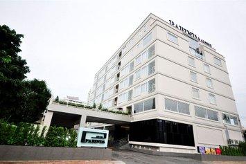 Parinda Hotel