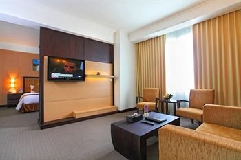 Hotel Menara Bahtera - фото 50