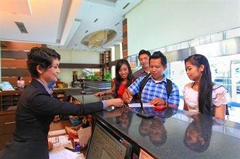 Hotel Menara Bahtera - фото 10