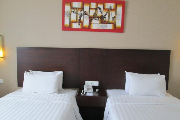 Hotel Menara Bahtera - фото 2