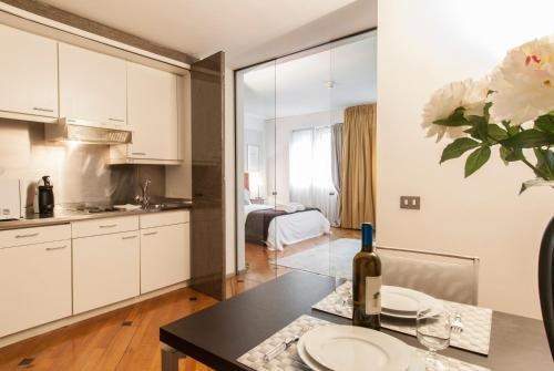 Milan Royal Suites - Centro - фото 18