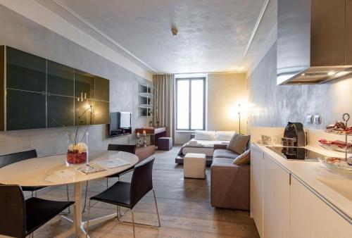 Milan Royal Suites - Centro - фото 20