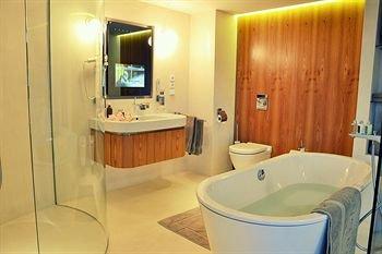 One Room Hotel - фото 6