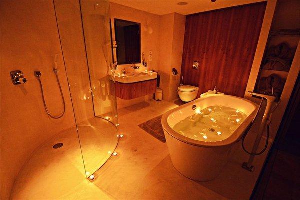 One Room Hotel - фото 7