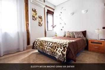 Sleepy Moon Madrid