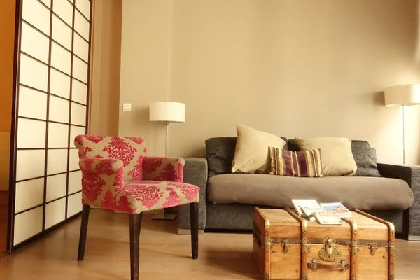 Musee du Louvre St Honore Luxury 3 bedroom Apartment - фото 2
