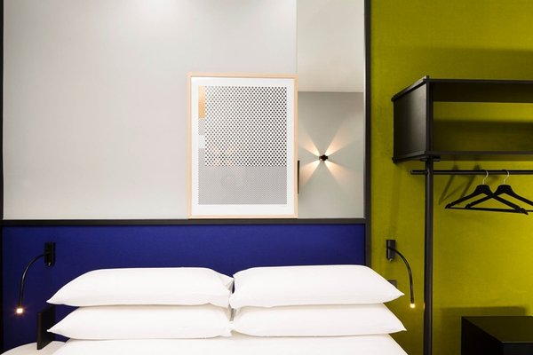 Hotel Aurore Montmartre - фото 1