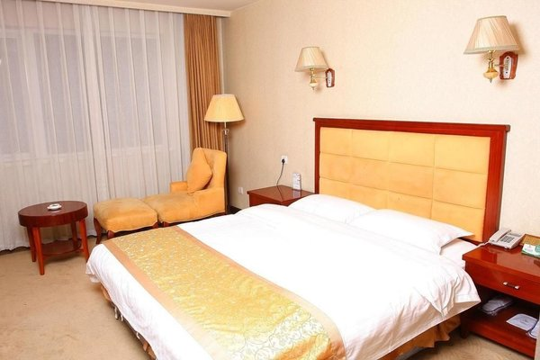 Ground Oriental Hotel - фото 3
