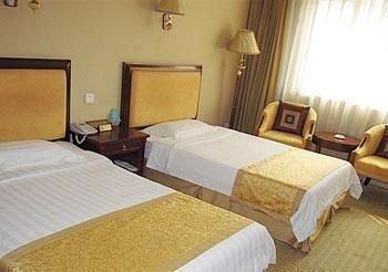 Ground Oriental Hotel - фото 4