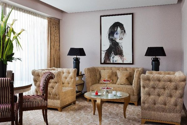 Hotel Barriere Le Fouquet's - фото 4