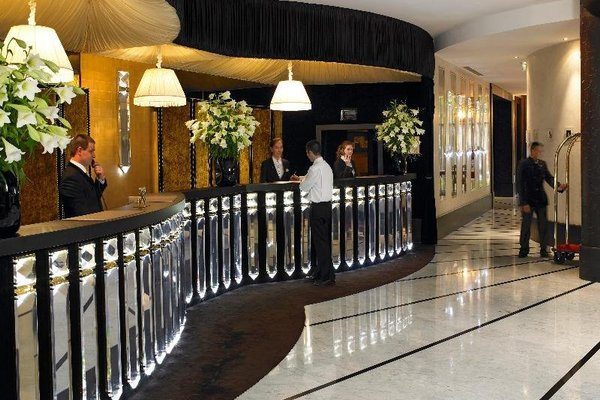 Hotel Barriere Le Fouquet's - фото 5