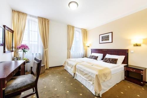 Hotel & Apartments U Cerneho orla - фото 50