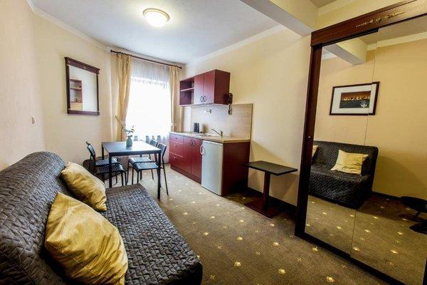 Hotel & Apartments U Cerneho orla - фото 2
