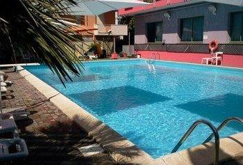 Hotel Edward