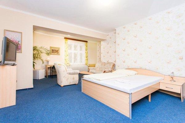 Hotel Grand - фото 1