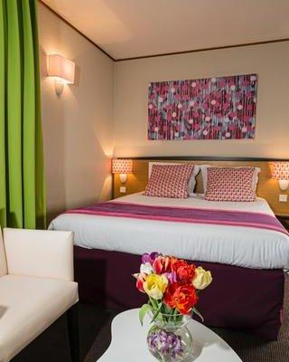 Hotel Paris Louis Blanc - фото 2