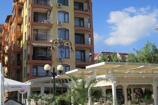 Apartments in Victorio 3 Complex - фото 19