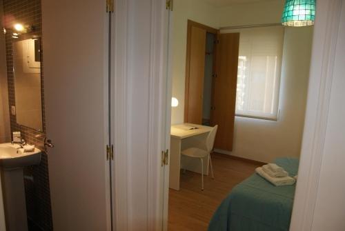 Apartamentos FV Flats Valencia - Mestalla II - фото 12