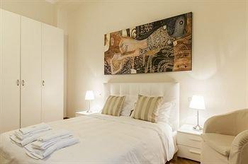 Milan Royal Suites Magenta Palace - фото 3