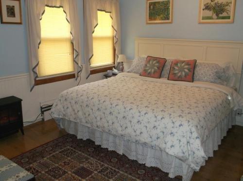 Photo of Gateway Lodge Bed & Breakfast