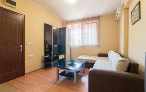Guest House La Casa - фото 3