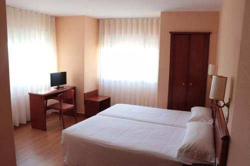 Hotel Maycar - фото 4