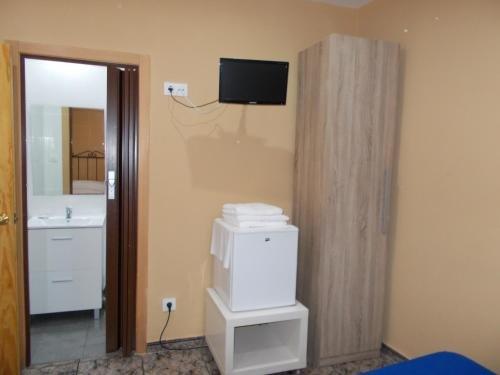Hostal Nou Raval - фото 11