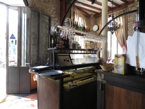 Hostal Nou Raval - фото 12