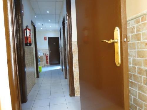 Hostal Nou Raval - фото 16