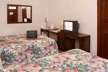 Hotel Urdinola Saltillo - фото 5