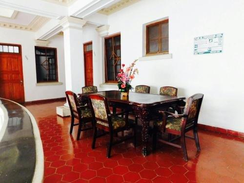 Hotel Urdinola Saltillo - фото 6