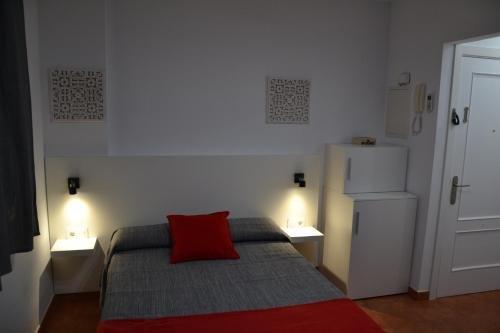 Apartamentos RC La Carihuela - фото 1