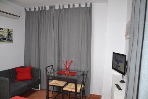 Apartamentos RC La Carihuela - фото 2