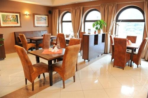 Hotel Vis a Vis Lancut - фото 12