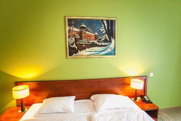Hotel Vis a Vis Lancut - фото 2