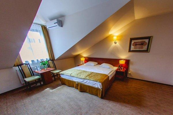 Hotel Vis a Vis Lancut - фото 3