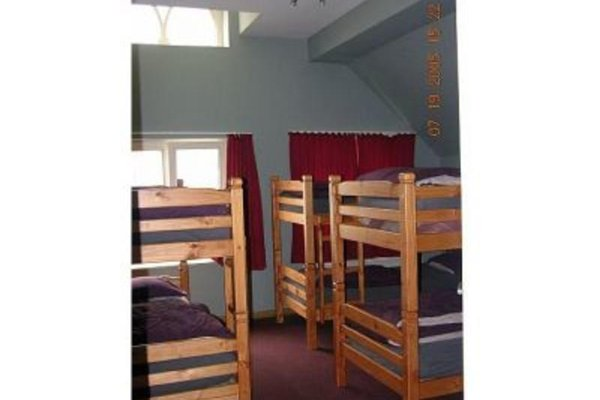 Charlie Rockets Youth Hostel - фото 1