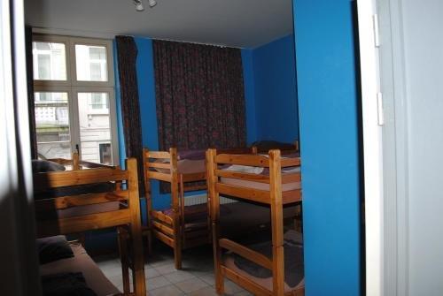 Charlie Rockets Youth Hostel - фото 3