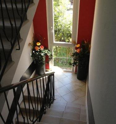 Perla del Lago Rent Apartments - фото 14