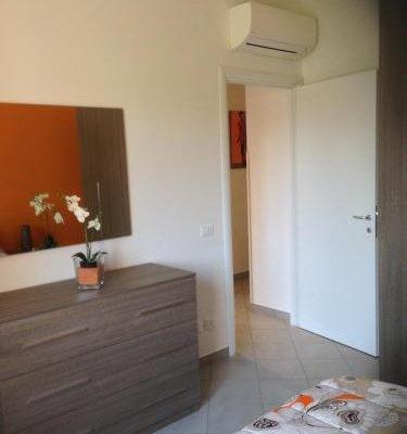 Perla del Lago Rent Apartments - фото 4