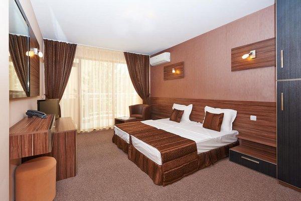 Coral Hotel - фото 2