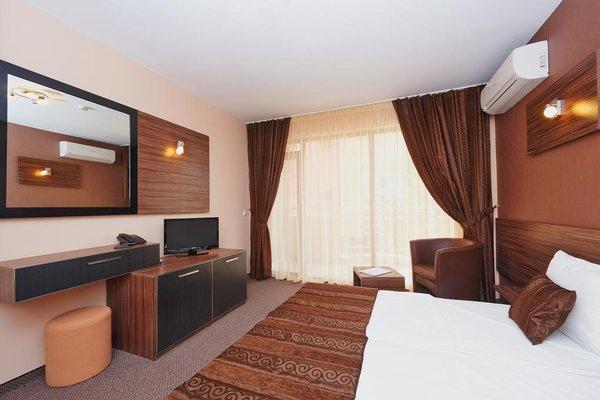 Coral Hotel - фото 3