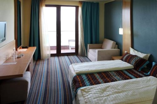 Mirage Hotel - фото 2