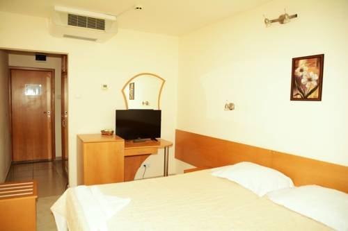 Hotel Diamond - фото 1