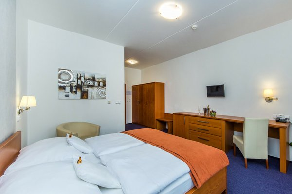 Hotel Horal - фото 1