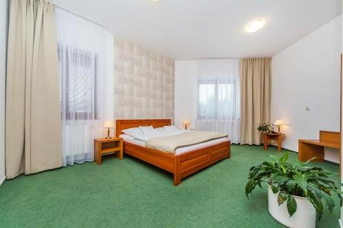 Hotel Horal - фото 2